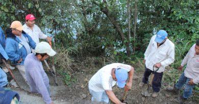 Restablecen servicio de agua en comunidades de Coatzintla