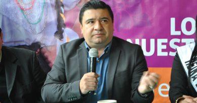 Se lanza edil de Huauchinango contra diputado federal