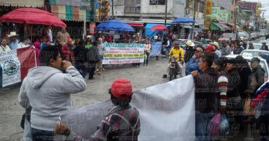 Se manifiestan contra gasolinazo en Álamo