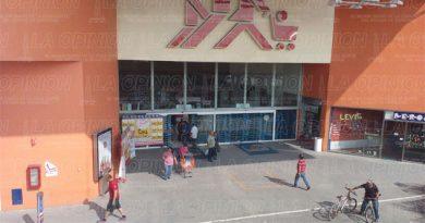 Tiendas de autoservicio en Tuxpan toman medidas de resguardo