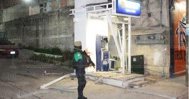 Trataron de robar un cajero automático