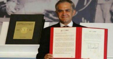 Promulgan la primera Constitución de la Ciudad de México