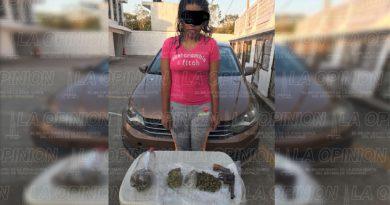 Aseguran a mujer con droga