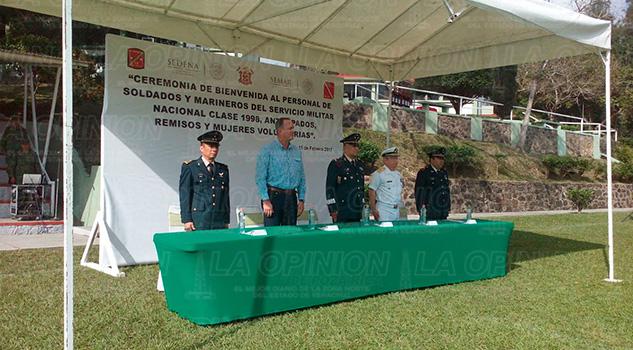 Bienvenida Realizan Ejército Marina