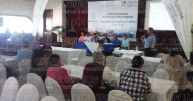 Cámaras de servicios turísticos participan en Foros Regionales