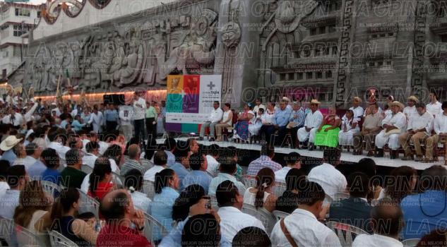 Confirman a Gloria Trevi y Celso Piña en Cumbre Tajin 2017