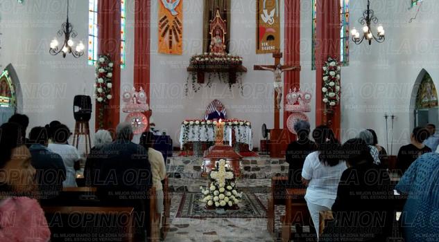Doblan las campanas por muerte del Padre Alejandro