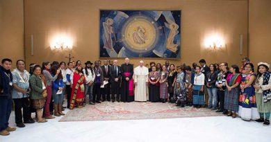 El Papa aboga por tribus indias de EU