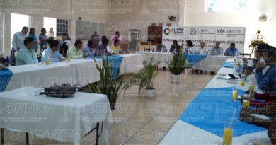 Firma Inveder convenios con 26 municipios