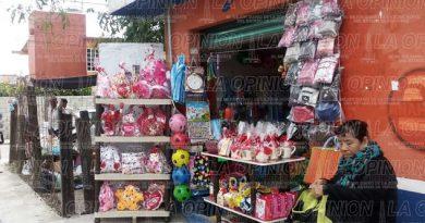 Inadvertido y sin ventas el Día del Amor