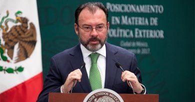 México no se moverá 'un milímetro' sobre el muro