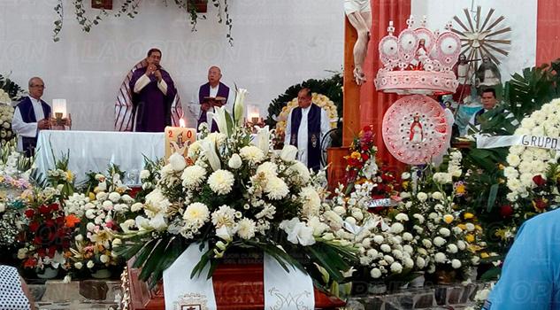Misa cuerpo Presente Padre Alejandro