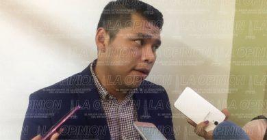 No quieren a Adela Elizabeth Morales como oficial del registro civil http://ow.ly/AOHp308Tqly #LaOpiniónDePozaRica #Tuxpan #Veracruz #México