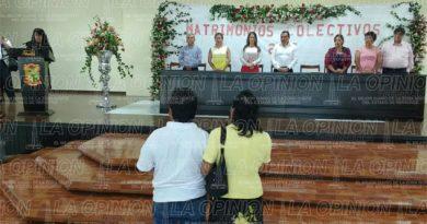 Noventa y cinco parejas se casaron de forma gratuita