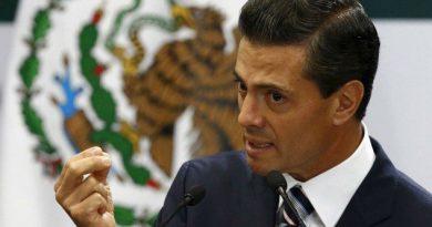 Peña Nieto se opone a cambiar requisitos para sustituir a Carstens