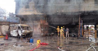 Peritos buscarán el origen del incendio en IPSSE