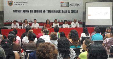 Presenta el programa Capacitación en Oficios no Tradicionales para el Género