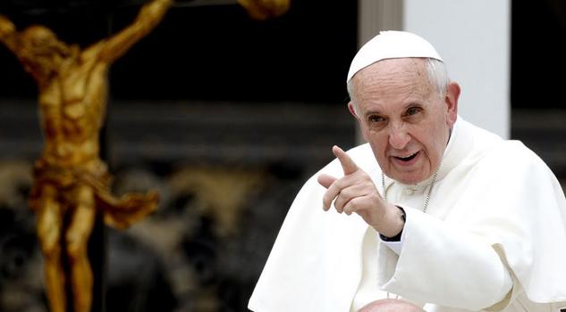 Reitera el Papa que se construyan puentes y no muros