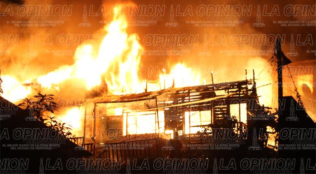 Se quemaron 6 casas en la colonia Petromex