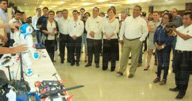 Universidades de Puebla, Hidalgo y Tamaulipas en la Expo Estudiantil