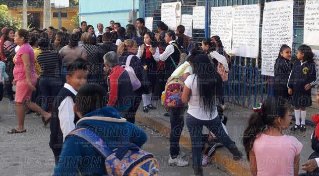 Viola SEV la reforma educativa
