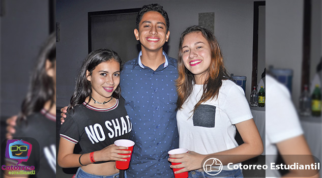 Weekend Tour Fiesta Planilla Red Cups