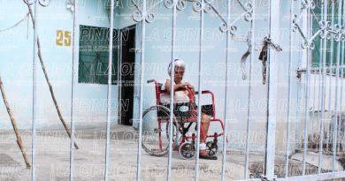 Abuelita de 98 años en total abandono