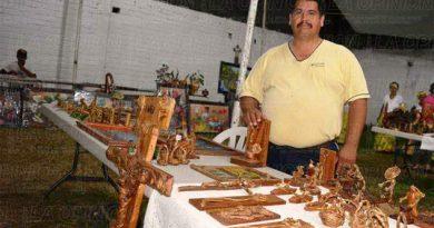 Artesanos tlapacoyenses asisten a Cumbre Tajín