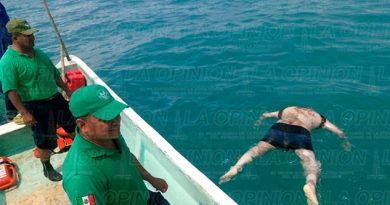 Cadáver Flotando Joven Tuxpan