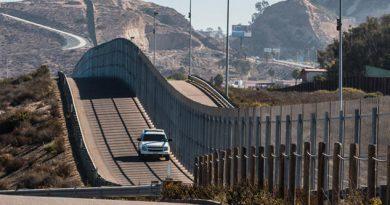 Demócratas se oponen a partida de fondos para la construcción del muro