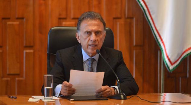 Envía Yunes nueva iniciativa de reestructuración de deuda pública