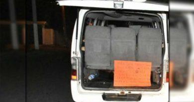 Hallan camioneta con 11 cuerpos en Boca del Río