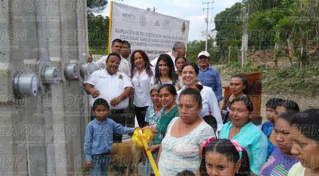 Inauguran red eléctrica en la comunidad Rancho Puente Morelos