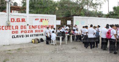 Liberaron alumnos la escuela de Enfermería
