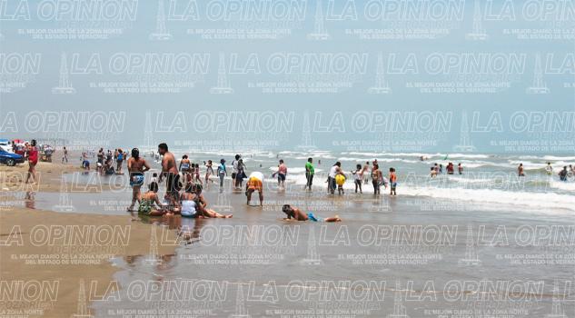 Llenan playas de Tamiahua