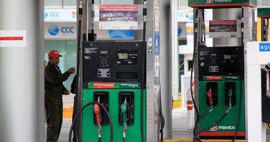 Precios de las gasolinas bajan un centavo
