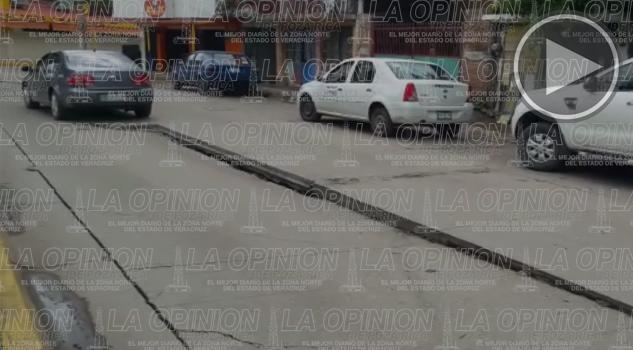 Se hunde la calle Antonio J. Bermúdez