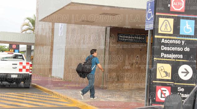 Aeropuerto disminuye actividad