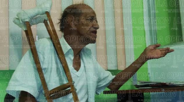 Derechohabiente se queja por mala cirugia de cataratas
