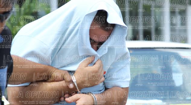 Detienen a petrolero por violar a su hija de 4 años