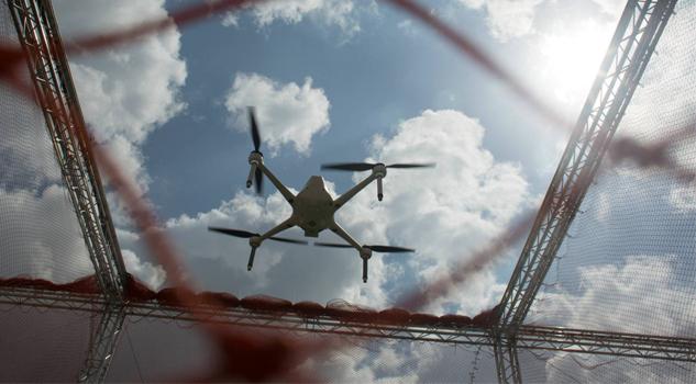 EU implementará drones armados