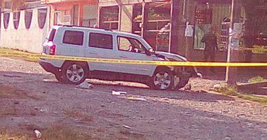 Poza Rica Ejecutan a un hombre a bordo de una camioneta blanca en la avenida Las Flores