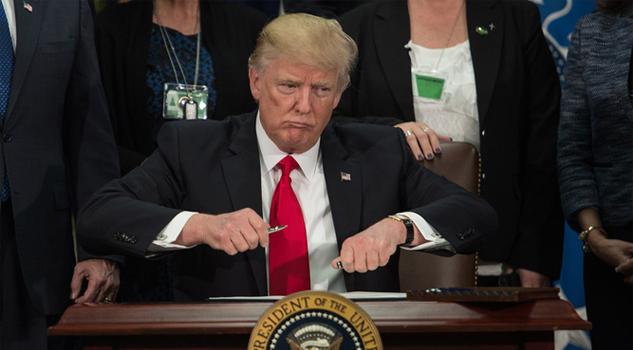 Estadounidenses se oponen a pagar por el muro del presidente Donald Trump