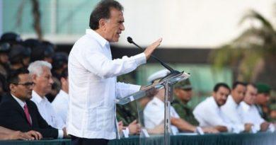 Fueron deportados los cuatro presuntos delincuentes peruanos