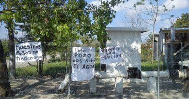 Habitantes de la colonia Pozo 50 protestan contra Caev
