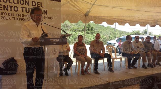 Invertirán 100 mdp en la pavimentación con concreto hidráulico en Tuxpan