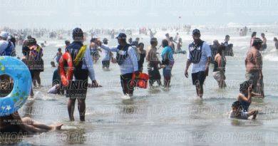 Marinos recorren playas para reforzar seguridad