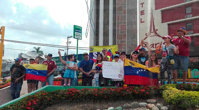 Poza Rica Venezolanos Manifiestan