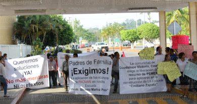 Protestan contra Pemex