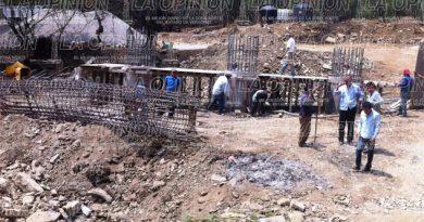 Reinician construcción de puentes en Tlalmaya